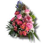 Aranjament floral in cutie de cadou mov, care contine Trandafir, Orhidee, Gerbera, Delfin, Astromelia, Leucadendron, Santini