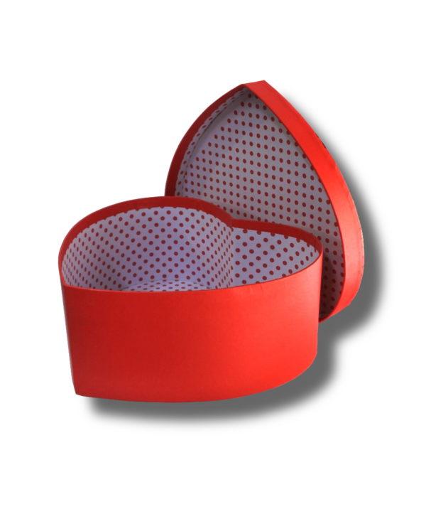 cutie deschisa pentru aranjament floral in forma de inima de culoare rosie
